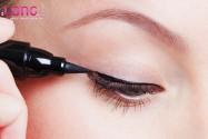 mat-mi-lot-ke-eyeliner-de-lam-mat-2-mi-co-duoc-khong